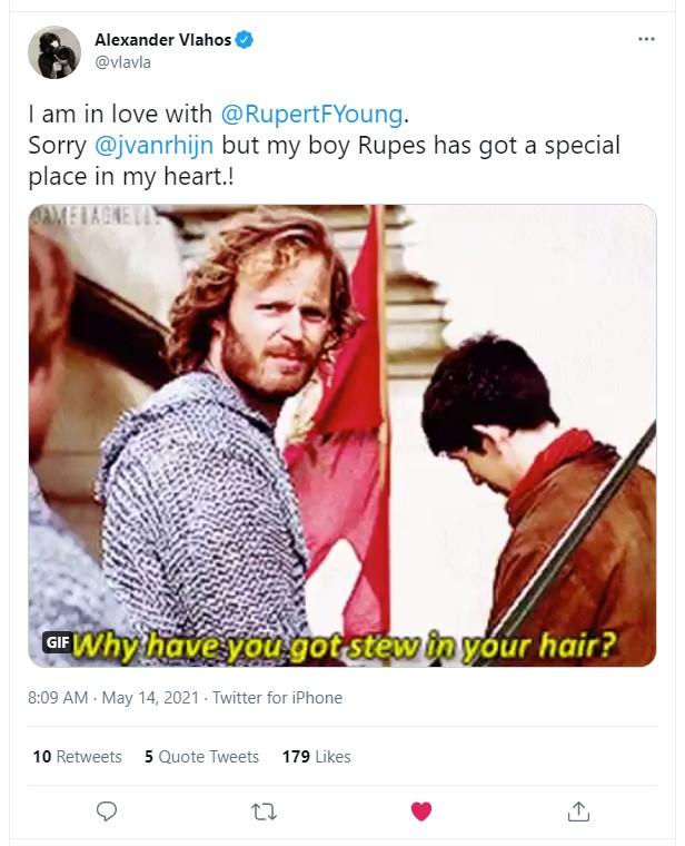 Alex is in love - Tweet